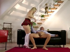 younger babes in threesome with old man