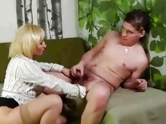 mature blonde cum-hole rub and sucks younger chap