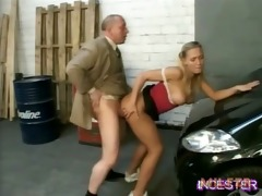dad fucked hot daughter in garage